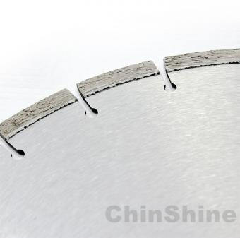 14 Concrete saw blades